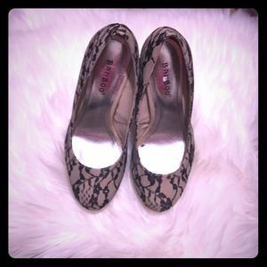 Lace heels size 6